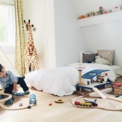 Il lettino Montessoriano: quali caratteristiche deve avere?
