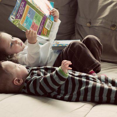 Come creare un angolo lettura montessoriano a casa