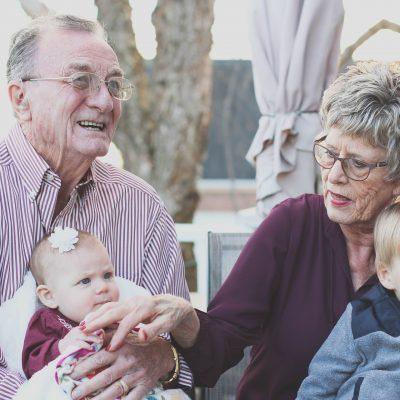 Nonni e bambini s'incontrano…giocando INSIEME!