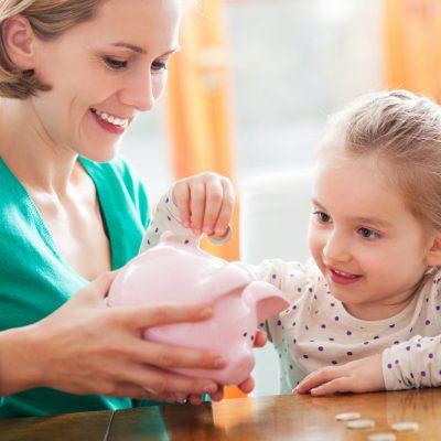 Come insegnare ai bambini a risparmiare