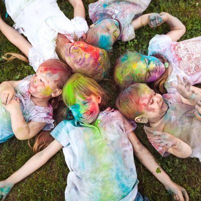 Holi festival: la festa dei colori con i bambini!