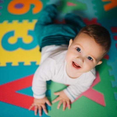 Tappeto gioco bambini: gioca, impara, cresce