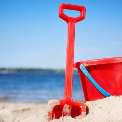 Paletta e Secchiello: giochi in spiaggia per bambini
