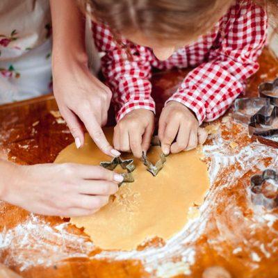 Stampi per biscotti: cucinare con mamma e papà