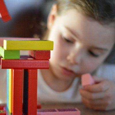 Attività da fare in casa con bambini di 5 anni