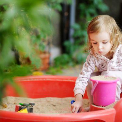 Avventure outdoor: organizzare attività ludiche in cortile o in giardino!