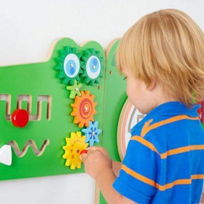 Pannello attività Montessori: le tavole per imparare