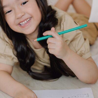 Insegnare come scrivere è diverso da insegnare COME SI SCRIVE