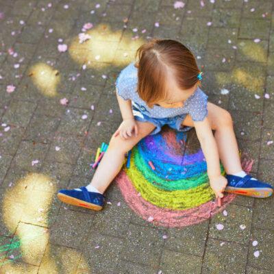 Gessi colorati da pavimento per bambini